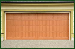 Central Garage Door Service South Milwaukee, WI 414-978-7014